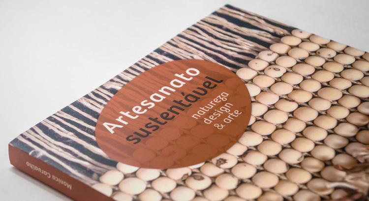 Detalhe Livro Artesanato Sustentável